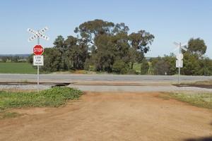 Railroad-uncontrolled-crossing