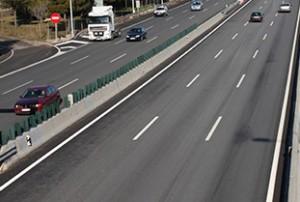 3 lane highway